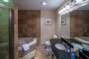 Two Bedroom Queen Kitchen Suite